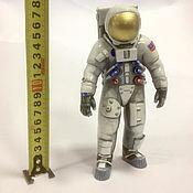 Для дома и интерьера handmade. Livemaster - original item Astronaut of the Apollo 18 cm. Handmade.