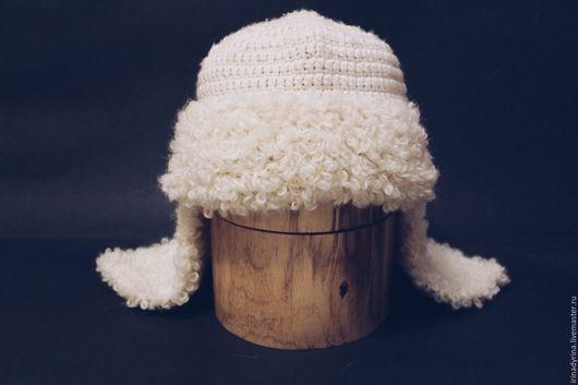 Шапки ручной работы. Ярмарка Мастеров - ручная работа. Купить Шапка-ушанка вязанная белая. Handmade. Белый, вязанная шапка