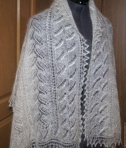 Шали, палантины ручной работы. Ярмарка Мастеров - ручная работа. Купить 122 Белый и пушистый палантин из козьего пуха.Теплый шарфик.Для любимо. Handmade.