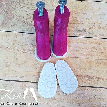 Куклы и игрушки ручной работы. Ярмарка Мастеров - ручная работа Подошвы для изготовления обуви на кукол Паола Реина. Handmade.