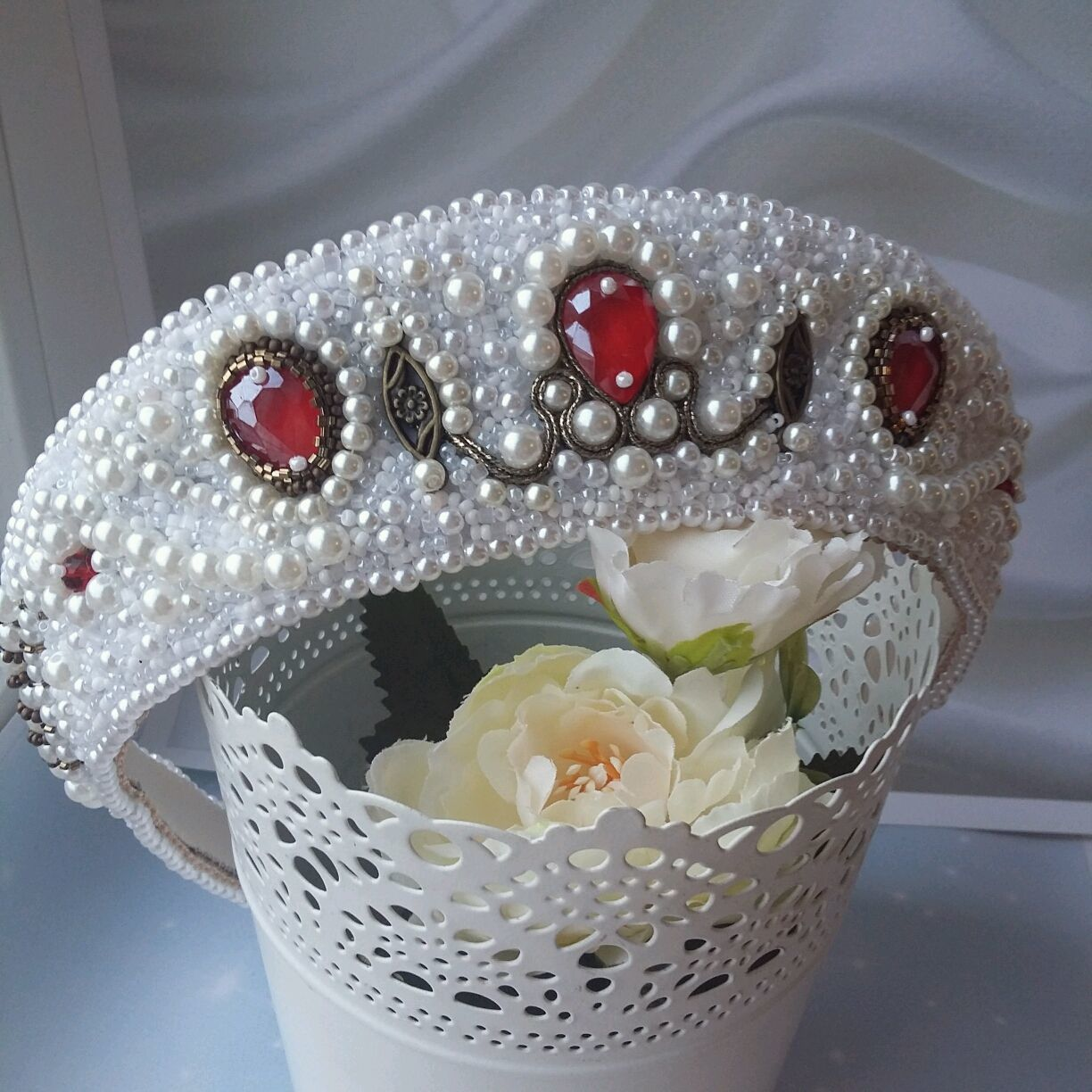 Wedding crown in Russian style 'Roses in the snow', Hair Decoration, St. Petersburg,  Фото №1