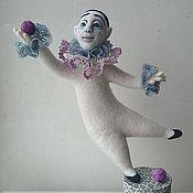 Куклы и игрушки ручной работы. Ярмарка Мастеров - ручная работа Пьеро на одной ножке. Handmade.