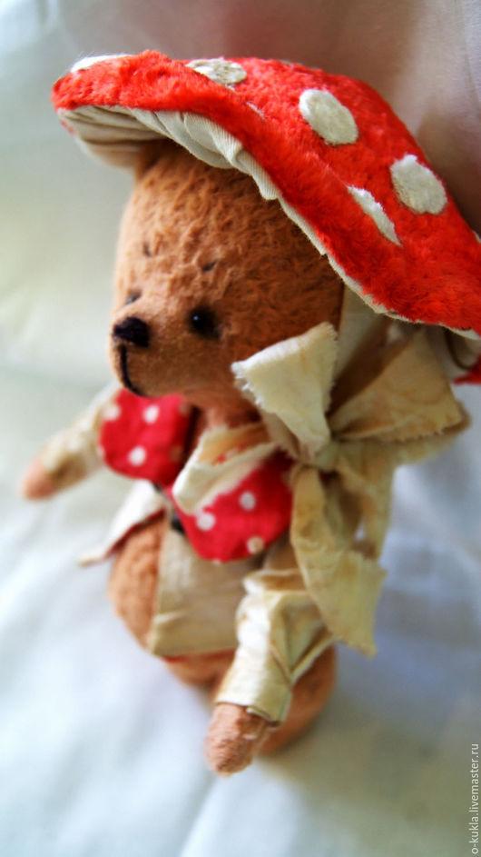 """Мишки Тедди ручной работы. Ярмарка Мастеров - ручная работа. Купить Авторские мишки. """"Мухоморчик на новогоднем утреннике"""". Handmade. Рыжий"""