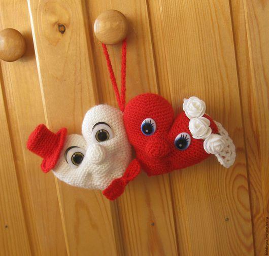 Подарки для влюбленных ручной работы. Ярмарка Мастеров - ручная работа. Купить Вязаная игрушка валентинка Влюбленные сердца. Handmade.