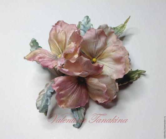 """Цветы ручной работы. Ярмарка Мастеров - ручная работа. Купить цветок из натурального шелка """"анютины глазки теплые розовые """""""". Handmade."""