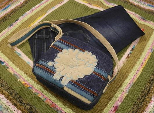 Сумки и аксессуары ручной работы. Ярмарка Мастеров - ручная работа. Купить Джинсовая сумочка с овечкой. Handmade. Тёмно-синий