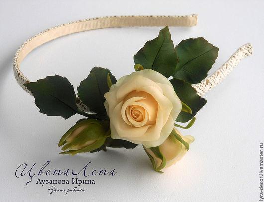 """Украшение с цветами из полимерной глины. Ободок для волос с розами из полимерной глины """"Персиковые розы"""""""