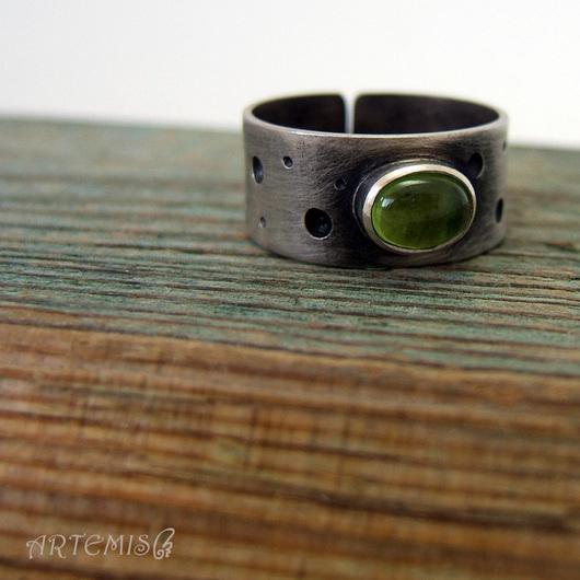 """Кольца ручной работы. Ярмарка Мастеров - ручная работа. Купить Серебряное кольцо """"Вечная весна"""". Handmade. Зеленый"""