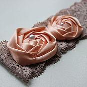Свадебный салон ручной работы. Ярмарка Мастеров - ручная работа Кремово-розовая свадебная подвязка невесты ручной работы. Handmade.