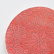 Посуда ручной работы. Ярмарка Мастеров - ручная работа красная кружевная десертная тарелка. Handmade.
