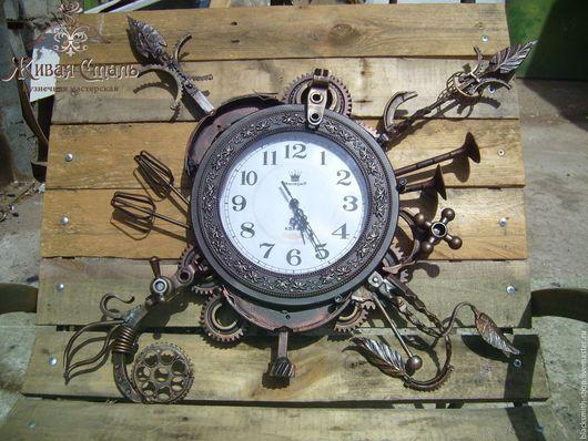 Часы для дома ручной работы. Ярмарка Мастеров - ручная работа. Купить Кованые настенные часы. Handmade. Разноцветный, часы из металла
