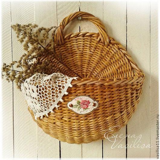 Плетеная корзина с декором. Бумажная лоза.