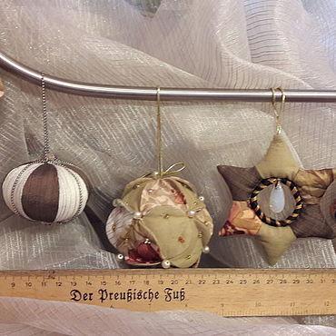 Куклы и игрушки ручной работы. Ярмарка Мастеров - ручная работа Мягкие игрушки: украшения новогодние. Handmade.