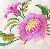 Скатерти ручной работы. Ярмарка Мастеров - ручная работа Вышивка на льне Цветы дизайн для вышивки розовый сиреневый жёлтый. Handmade.