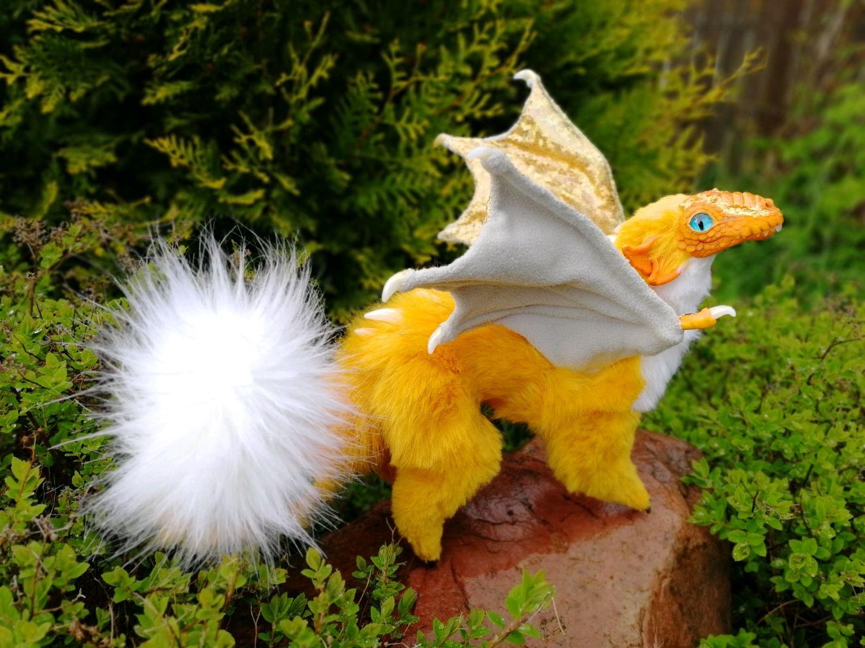 Золотистый крылатый дракон, Мягкие игрушки, Щелково,  Фото №1