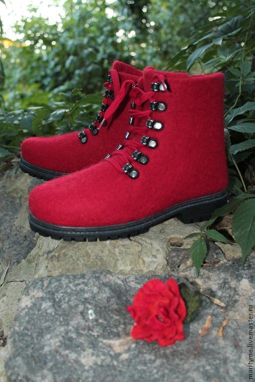 """Обувь ручной работы. Ярмарка Мастеров - ручная работа. Купить Валяные ботинки """"Карминовый цвет"""". Handmade. Ярко-красный, подошва"""