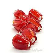 handmade. Livemaster - original item Lampwork beads red buds. Handmade.