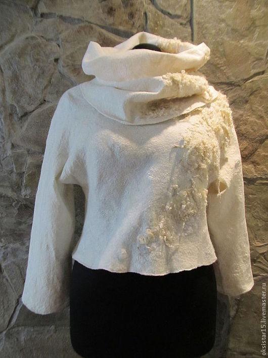 """Кофты и свитера ручной работы. Ярмарка Мастеров - ручная работа. Купить Авторский валяный комплект свитер+снуд  """"Angel"""". Handmade. Белый"""