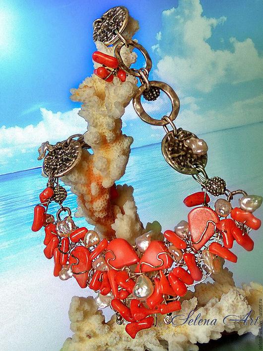 Колье  с кораллом и жемчугом `Южные моря`. Украшение ручной работы из натуральных камней.