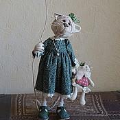 """Куклы и игрушки ручной работы. Ярмарка Мастеров - ручная работа Кошка с шариком """"К тебе можно?"""". Handmade."""