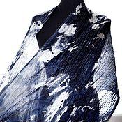 Аксессуары ручной работы. Ярмарка Мастеров - ручная работа черно сине белый шарф палантин шёлковый подарок женщин. Handmade.