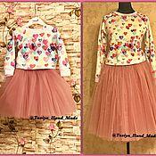 Работы для детей, ручной работы. Ярмарка Мастеров - ручная работа Комплект Family look свитшоты и фатиновые юбки. Handmade.