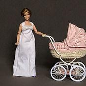 Мебель для кукол ручной работы. Ярмарка Мастеров - ручная работа Розовая коляска для куклы Барби, 1:6. Handmade.
