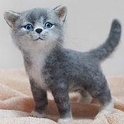 Куклы и игрушки ручной работы. Ярмарка Мастеров - ручная работа Серый полосатый котенок Сёмка. Валяная игрушка из шерсти. Handmade.