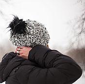 Аксессуары ручной работы. Ярмарка Мастеров - ручная работа Теплая шапочка из  из пестрой шерсти с помпоном меховым. Handmade.