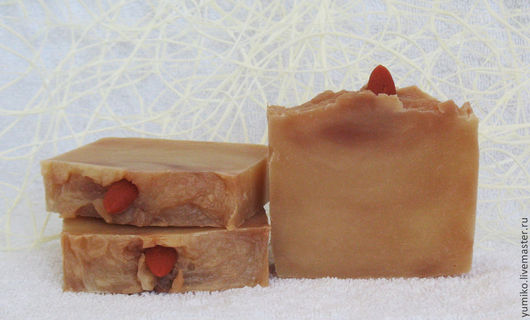 """Мыло ручной работы. Ярмарка Мастеров - ручная работа. Купить Мыло с нуля """"Шелк и миндаль"""". Handmade. Бежевый, натуральное мыло"""