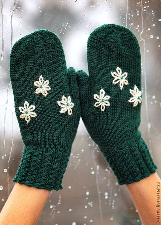 Варежки, варежки перчатки, варежки женские, женские варежки, вязаные варежки, варежки вязаные, варежки вязанные, теплые варежки, варежки на зиму, шерстяные варежки,зеленые варежки, зимние варежки