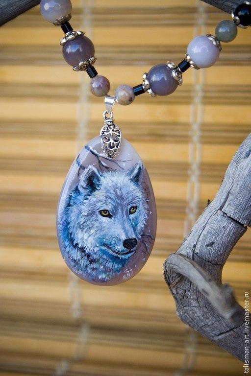 """Кулоны, подвески ручной работы. Ярмарка Мастеров - ручная работа. Купить Бусы с кулоном """"Волк"""", роспись на камне. Агат. Handmade."""