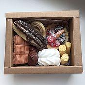 """Косметика ручной работы. Ярмарка Мастеров - ручная работа Подарочный набор очень вкусного мыла """"Эклер и компания"""". Handmade."""