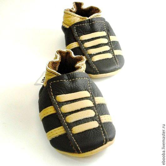 Кожаные чешки тапочки пинетки кроссовки тёмно-коричневый бежевый ebooba