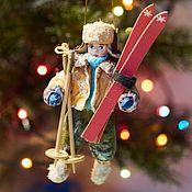 Елочные игрушки ручной работы. Ярмарка Мастеров - ручная работа Ватная игрушка на елку - «ЛЫЖНИК». Handmade.
