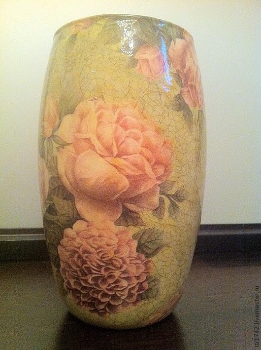 """Вазы ручной работы. Ярмарка Мастеров - ручная работа. Купить Ваза """"Розы и хризантемы"""". Handmade. Салатовый, ваза декоративная, для дома"""
