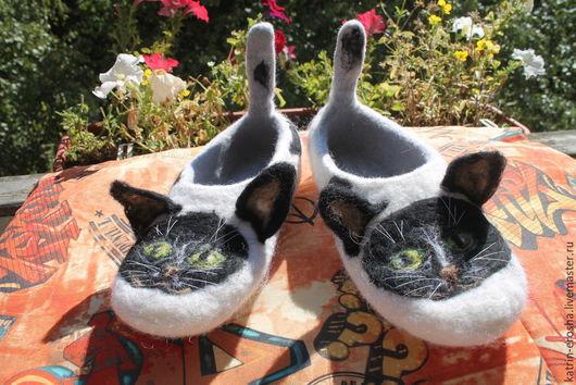 """Обувь ручной работы. Ярмарка Мастеров - ручная работа. Купить Тапочки валяные """"Черный кот"""". Handmade. Разноцветный, тапочки валяные"""