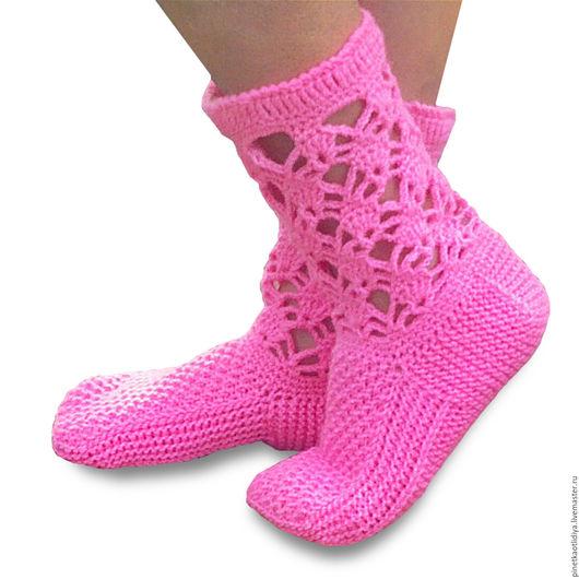 """Носки, Чулки ручной работы. Ярмарка Мастеров - ручная работа. Купить Вязаные носки женские """"Ягодка"""". Handmade. Розовый"""