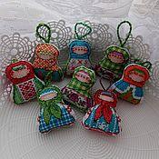 Куклы и игрушки ручной работы. Ярмарка Мастеров - ручная работа Крупеничка -  вышитая народная кукла.. Handmade.