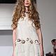 """Дизайнерское платье со шлейфом и гипюровой кружевной верх . платья .Кружевное мини-платье """"Nina 2 от Diana Pavlovskaya"""