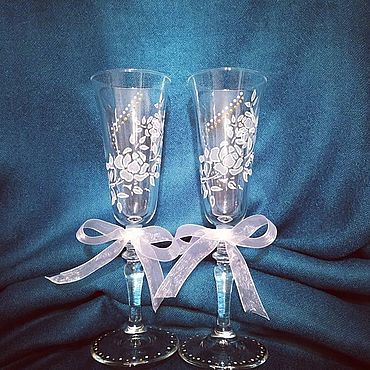 """Свадебный салон ручной работы. Ярмарка Мастеров - ручная работа Свадебные бокалы """"Белые Розы"""". Handmade."""