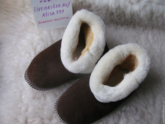 Обувь ручной работы. Ярмарка Мастеров - ручная работа. Купить Чуни для взрослых из мутона. Handmade. Желтые чуни