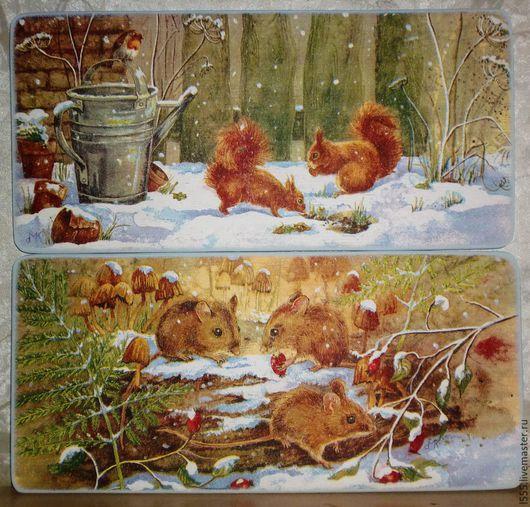 """Кухня ручной работы. Ярмарка Мастеров - ручная работа. Купить """"Белочки и мышки в зимнем лесу"""" Разделочная доска панно. Handmade."""