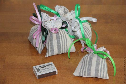 Ароматическое саше (этот полосатый тик закончился). Ткань, кружево и ленточки могут быть другого цвета.