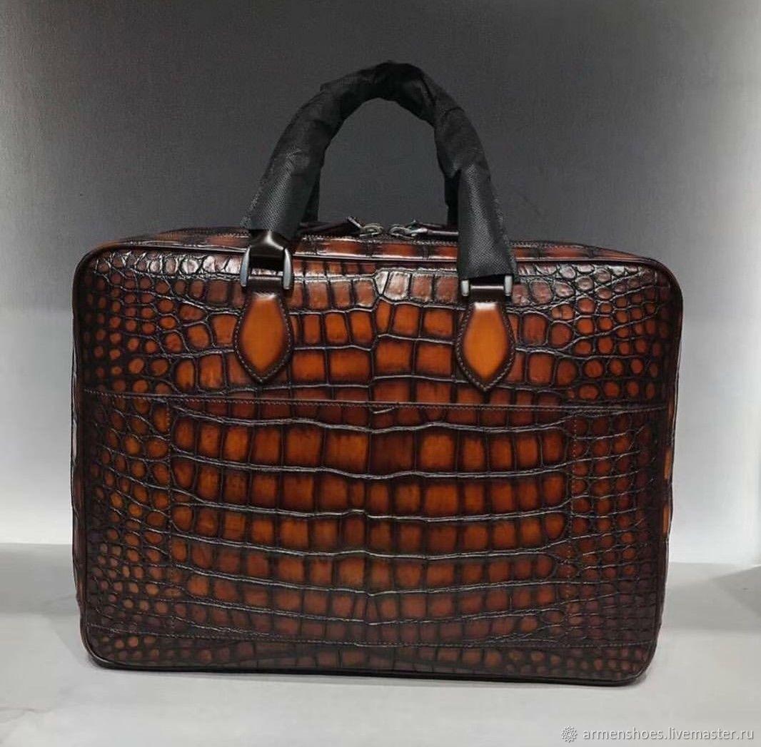 Bag-briefcase, men's crocodile skin, in maroon color, Men\'s bag, Tosno,  Фото №1