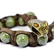 """Украшения ручной работы. Ярмарка Мастеров - ручная работа Браслет """"Змий"""" из замши с камнем змеевик. Handmade."""