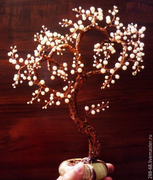 Подарки на свадьбу ручной работы. Ярмарка Мастеров - ручная работа. Купить Дерево Счастья из жемчуга в виде двух сердец. Handmade.