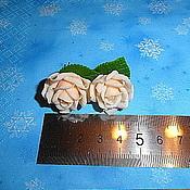 Украшения ручной работы. Ярмарка Мастеров - ручная работа Серьги     с мини-розами цвета айвори. Handmade.