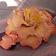 Заколка с цветком  из полимерной глины украсит Вашу прическу или станет оригинальным подарком.