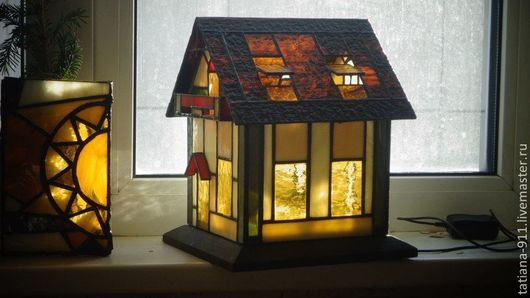 Светильник, Витражный домик